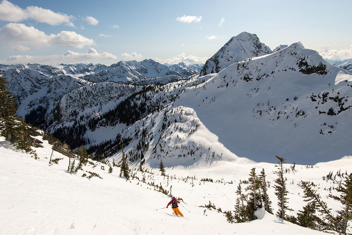 Spring skiing at Washington Pass. Radka Chapin photo.